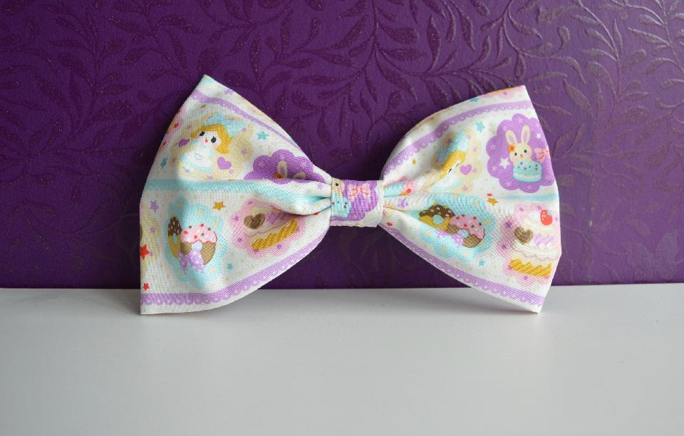 IMAGE - Handmade fabric hairbows. The size of these bows may vary. 