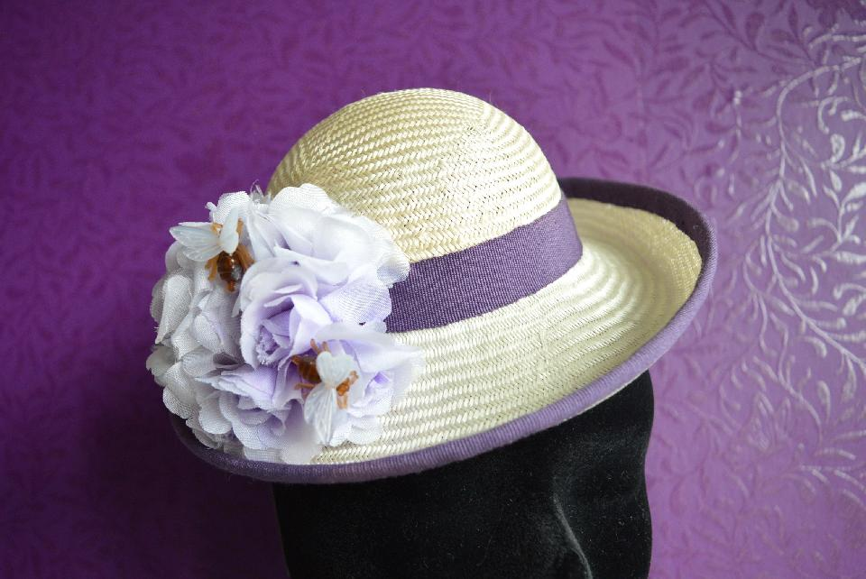 IMAGE - Handblocked light green mini hat. 