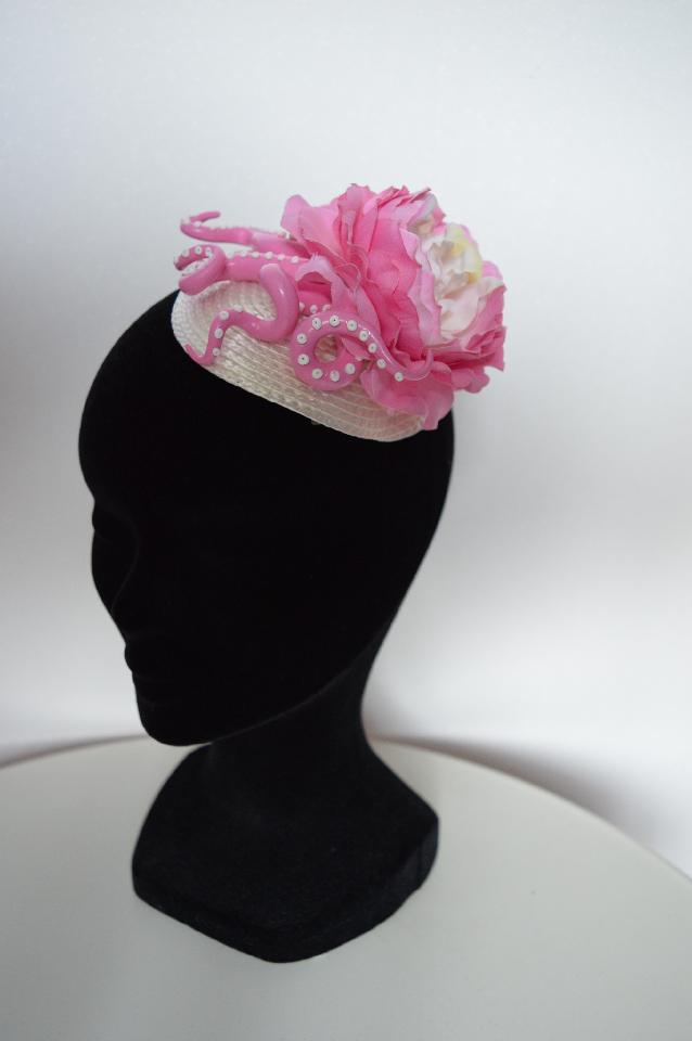 IMAGE - Cream straw fascinator with handmade polymer clay tentacles and flower. 
